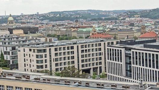 Czechs & Slovaks have densest CEE coworking network