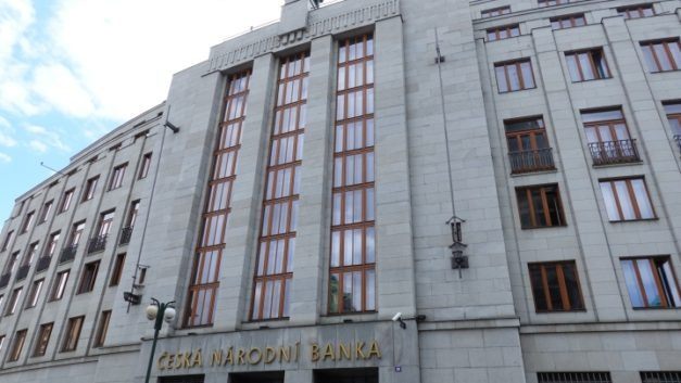 ČNB tries to douse inflation fire, raises rates 0.25%